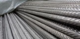 Corrosion resistant steel for civil engineering